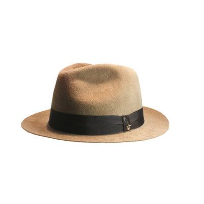 Cappello a goccia ala stretta camel