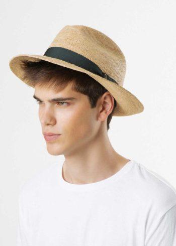 Fedora Cappello Classico Roberto Doria 1905 indossato